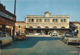 Cpsm Perpignan, La Gare, Vieilles Voitures - Perpignan