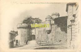 24 Bourdeilles, Cp Pionnière ( Avant 1904) Le Chateau, La Porte D'entrée - Autres Communes
