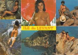 CPA 83 ILE DU LEVANT ,Femmes Nues... (animée) - Hyeres