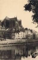 1/57 - CPSM METZ - La Cathédrale Vue De La Préfecture - Publicité BIRRH Sur Immeuble - Metz