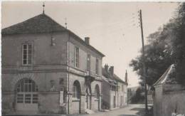 BRINON SUR BEUVRON ( La Mairie ) - Brinon Sur Beuvron