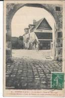 ETAMPES - Rue St Martin, Porte Du Vieux Logis - Etampes