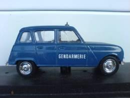 Renault 4 Gendarmerie - Verem