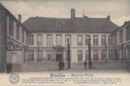 Nivelles  Hotel De Ville      Scan 4227 - Waterloo