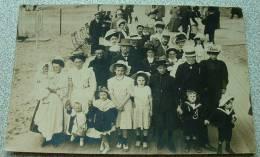Carte Photo D'une Famille Ecrite à Pont L'eveque Parlant De Trouville - Trouville