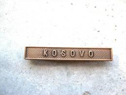 INSIGNE AGRAFE KOSOVO EN ACIER CUIVRE POUR MEDAILLES PENDANTES EXCELLENT ETAT