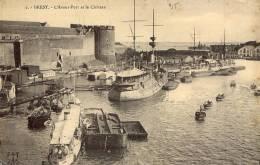 BREST L'Avant-Port Et Le Château - Brest