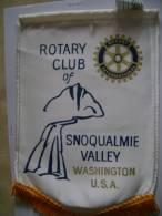 écusson Tissu De Belle Taille, Du Rotary Club De SNOQUALMIE VALLEY Washington USA, Arrière Blanc - Ecussons Tissu