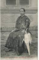 Saigon 51 Dame Annamite Riche Ombrelle Coll. Poujade De Ladevèze - Vietnam