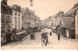 Saint-Lo (Manche)-La Rue Torteron, Vue Prise Du Grouais-Gendarmerie Nationale-Epicerie Parisienne-Calèche - Saint Lo