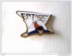 Pin´s -  SAUT A L´ELASTIQUE - VERTIGE - - Badges