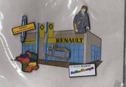 LOT DE  5 PIN´S  Garage Renault. - Renault
