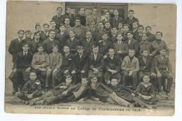 FONTAINEBLEAU  ( 77 )  - Les Jeunes Serbes Au Collège De Fontainebleau - Fontainebleau