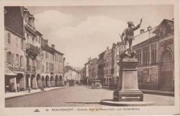 Remiremont Grande Rue Monument Le Volontaire - Remiremont