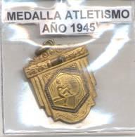 MEDALLA DE ATLETISMO AÑO 1945 REPUBLICA ARGENTINA - Professionali / Di Società