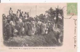 COTE D'IVOIRE 4 INDIGENES DE LA RIVIERE BIA ATTENDANT L'ARRIVEE D'UN VAPEUR  1904 (BELLE ANIMATION) - Côte-d'Ivoire
