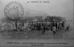Debdou : Après La Soupe Tout Le Monde Se Porte Vers Les Cafés Maures Autour Du Camp - Maroc