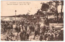 ANDERNOS Les BAINS Le Boulevard Promenade Un Jour De Fête (Bloc) Gironde (33) - Andernos-les-Bains