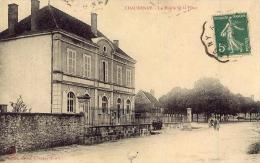 CHAUDENAY La Mairie Et La Place - Otros Municipios