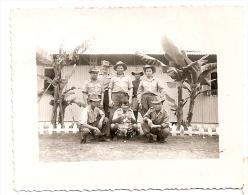 Guerre D'Indochine, TONKIN 1953, Militaires P 6 (base De Cat-Bi  Haïphong ?) Ref073 - Anciennes (Av. 1900)