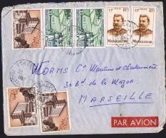 1958 Lettre Avion  De  Vohémar      Pour La France Yv  318 X2, 328 X3, 330 X2 - Lettres & Documents