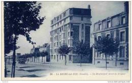 CPA, Vendée, La Roche-sur-Yon, Le Boulevard Aristide Briand - La Roche Sur Yon