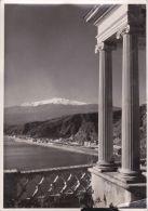 Cp, ITALIE , TAORMINA , La Rada E L' Etna (m. 3274) - Messina