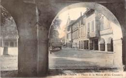 81 - L'Isle-sur-Tarn - Place De La Mairie Et Les Couverts - Lisle Sur Tarn