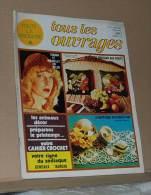 Revue Toute La Broderie Tous Les Ouvrages N° 211 De 1975 Avec Le Plan Les Coussins Decoratif  Sommaire Dans L'annonce - Moda