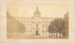 PHOTOGRAPHIE CDV 1870 : MARSEILLE HOTEL DE VILLE BOMBARDE EN 1851 DE NOTRE-DAME DE LA GARDE 13 - Photographs