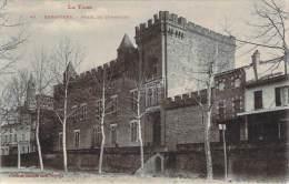 81 - Rabastens - Hotel De Combettes - Rabastens