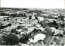85 En Avion Au-dessus De.... MAREUIL-sur-LAY Son Eglise , Son Château Et Le Lay - Mareuil Sur Lay Dissais