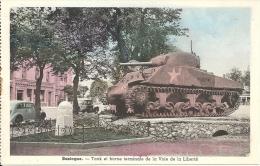 BASTOGNE : Tank Et Borne Terminale De La Voie De La Liberté - CPA Colorisée Peu Courante - Bastenaken