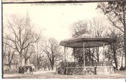 Fontenay Le Comte (Vendée)-1915-La Place Viète-Kiosque-Écrite Par Un Militaire Du 8e Chasseur (voir Scan) - Fontenay Le Comte