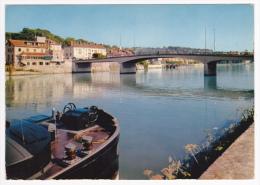 Corbeil Essonnes - Le Pont Sur La Seine (vue Sur L'avant D'une Péniche, Manivelles D'action De L'ancre) Circulé 1980 - Corbeil Essonnes