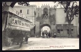CPA ANCIENNE- FRANCE- ST-PAUL-TROIS-CHATEAUX (26)- PORTAIL NOTRE-DAME EN GROS PLAN- BELLE ANIMATION- CAFÉ DE PARIS- - Frankreich