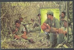 2206 Scouts Jamboree Medicine 1999 Somalia S/s MNH ** - Movimiento Scout