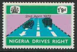 Nigeria 1972 Mi 264 ** Highway – Change To Driving On The Right – 2nd April 1972 /  Lastkraftwagen, Personenwagen - Transportmiddelen
