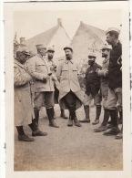Photo 1915 ARTOIS - Le Petit Barbu Est Le Prêtre Du 239ème RI, L´abbé Loriquet, Sergent Infirmier (A28, Ww1) - Guerre 1914-18