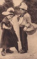 CLICHE PEU COURANT....LA NORMANDIE PITTORESQUE....T AS MAL AUX DENTS ...EDIT LE GOUBEY....ENFANTS NORMANDS - Otros Municipios