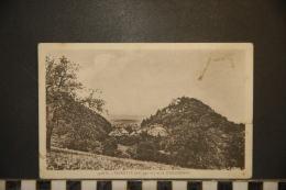 CP, 68, Ferrette Et Le Schlossberg N°3728 B Edition Gault Ferrette - Ferrette