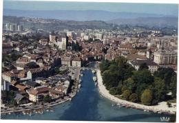 ANNECY / VUE AERIENNE SUR LE PORT - LES VIEUX QUARTIERS - LE CHATEAU - LA VILLE - Annecy