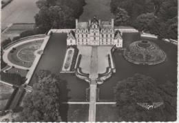 BEAUMESNIL, Le Château Et Cour D'honneur - 4 Artaud - Beaumesnil