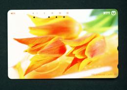 JAPAN - Magnetic Phonecard - Flower(s) As Scan (231-242) - Blumen