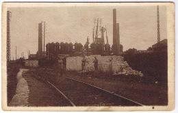 PONT A MOUSSON  1917  MILITAIRES VOIE FERRE CHEMINEES - Pont A Mousson