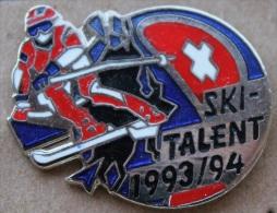 SKI TALENT SUISSE 1993-1994 - SKIEUR CROIX SUISSE  -    (GRENAT) - Winter Sports