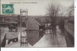 SALINS - Le Lavoir Et L'abreuvoir - France