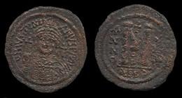 EMPIRE BYZANTIN . JUSTIN I . FOLLIS . 527 à 565 . - Byzantines