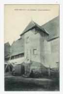 GIRY - Le Château ( Cour Intérieure ) - France