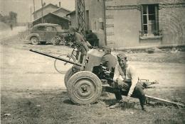Canon De 25 Antichar Abandonné + Soldat Allemand Geschütz 1940 Campagne De France WW2 - Guerra, Militari